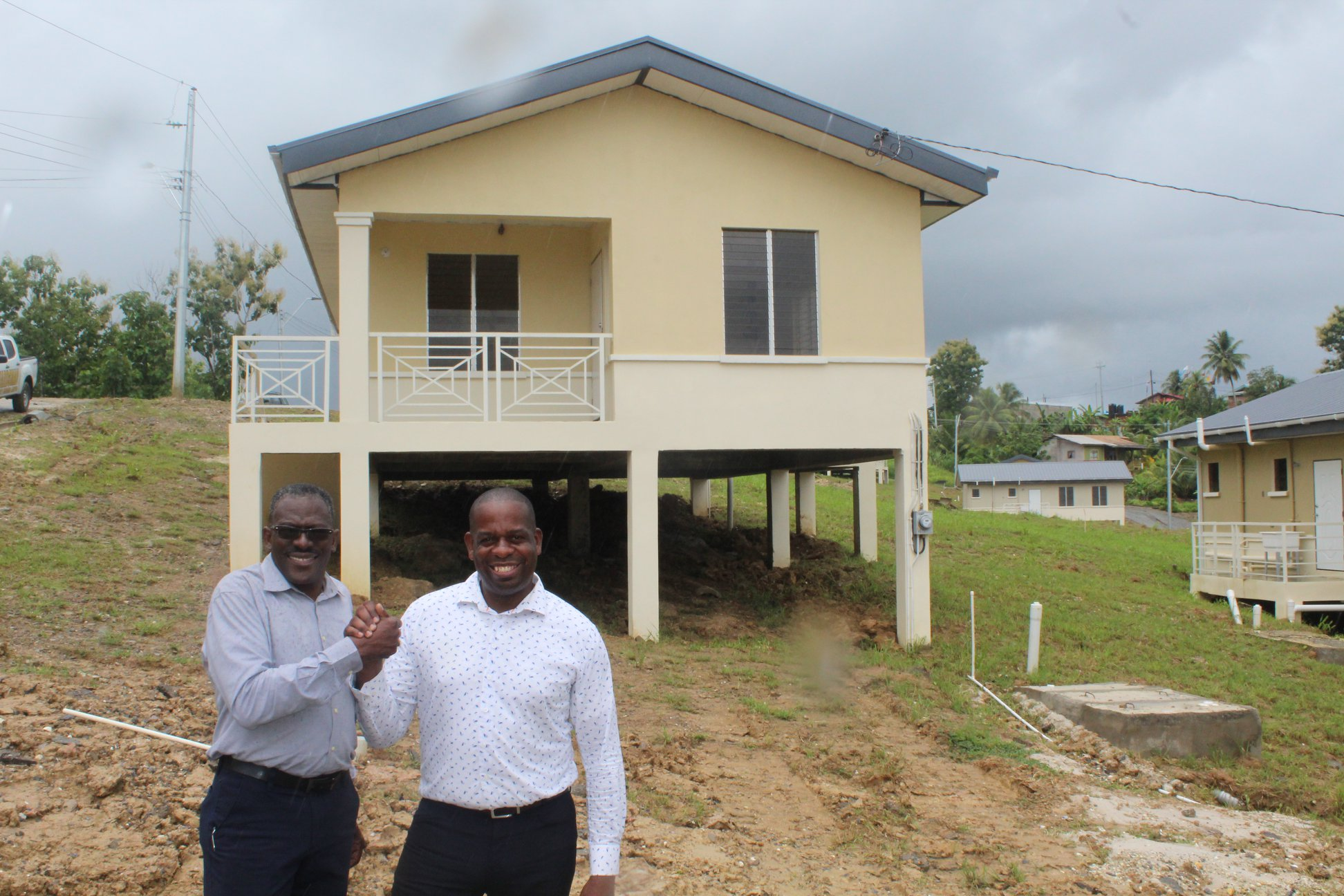 Sustainability of Communities – Dr. the Hon. Lovell Francis visits Gomez Trace, Moruga